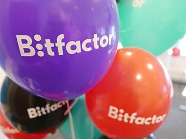 Viria stärker sin kompetens inom informationsteknik genom att investera i IT-företaget Bitfactor